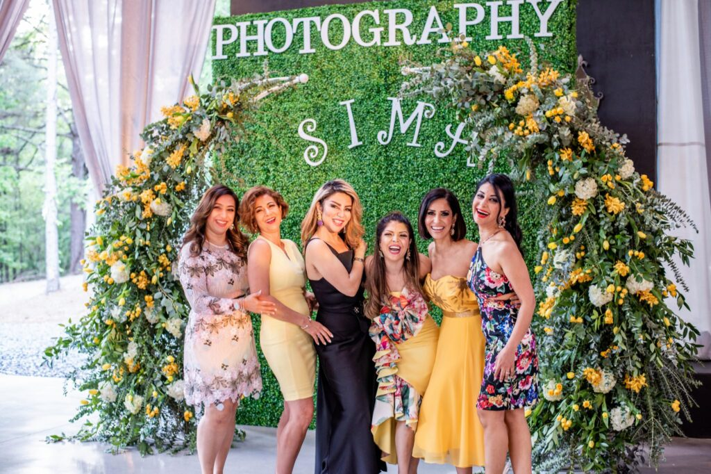 Floral wedding photo-booth ideas